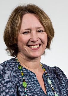 Frau Petra Michalski